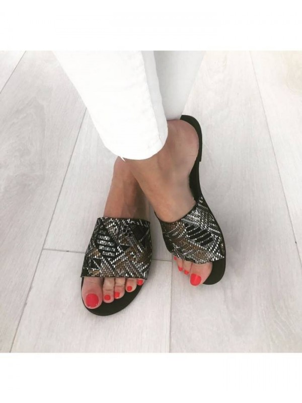 Papuci piele naturala neagra cu print      - shop designeri romani