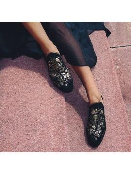 Saboti de piele neagra  - Bianca Georgescu