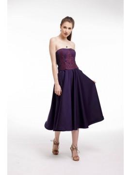 Rochie de cocktail din tafta mov cu corset si aplicatii de dantela