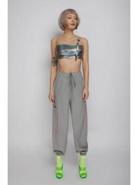 Pantaloni cargo gri cu buzunare laterale mari   Concepto - designeri romani