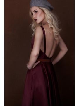 Rochie din tafta cu spatele gol